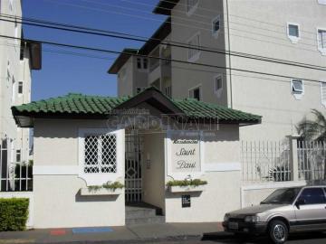 Alugar Apartamento / Padrão em São Carlos. apenas R$ 990,00