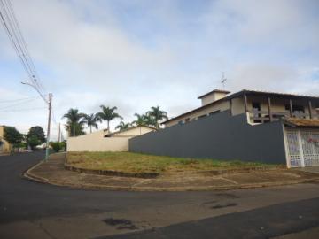 Terreno / Padrão em São Carlos , Comprar por R$260.000,00