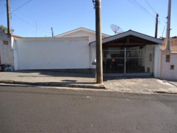 Alugar Casa / Padrão em São Carlos. apenas R$ 270.000,00