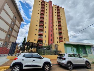 Apartamento / Padrão em São Carlos , Comprar por R$320.000,00