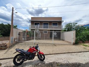 Comercial / Salão sem Condomínio em São Carlos Alugar por R$3.889,00