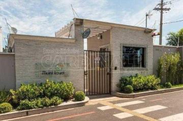 Apartamento / Padrão em São Carlos , Comprar por R$185.000,00