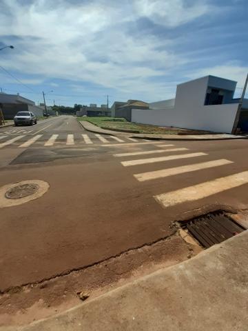 Alugar Terreno / Condomínio em Araraquara. apenas R$ 133.000,00