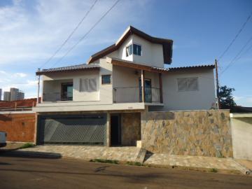 Casa / Padrão em São Carlos , Comprar por R$800.000,00