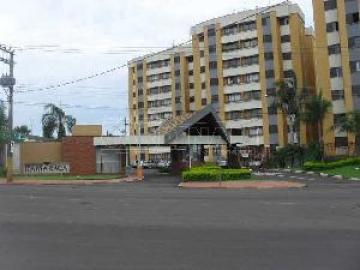 Alugar Apartamento / Padrão em São Carlos. apenas R$ 1.445,00