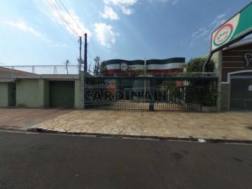 Comercial / Salão sem Condomínio em São Carlos Alugar por R$5.556,00