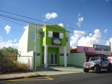 Alugar Comercial / Barracão em São Carlos. apenas R$ 5.555,00