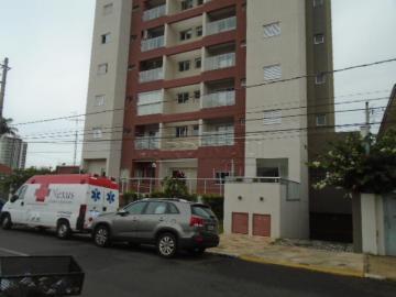 Alugar Apartamento / Padrão em São Carlos. apenas R$ 2.490,00
