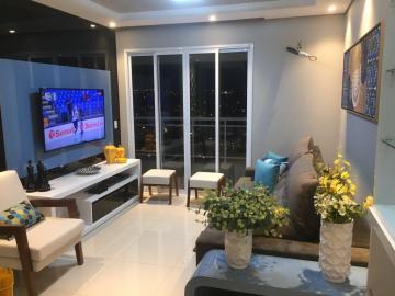 Apartamento / Padrão em Araraquara , Comprar por R$740.000,00