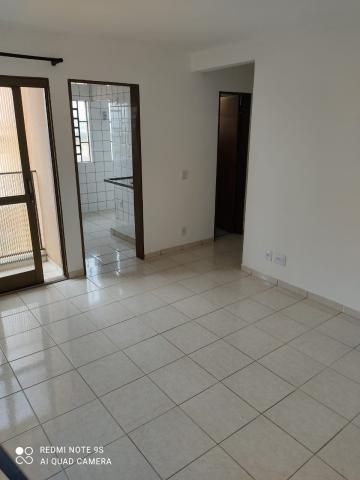 Apartamento / Padrão em Araraquara , Comprar por R$145.000,00