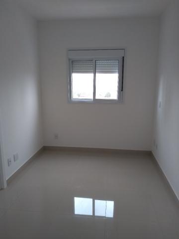 Apartamento / Padrão em Araraquara Alugar por R$1.450,00