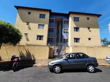 Alugar Apartamento / Padrão em São Carlos. apenas R$ 1.045,00