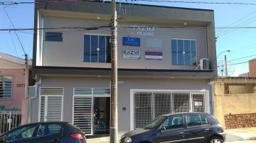 Comercial / Sala em São Carlos Alugar por R$834,00
