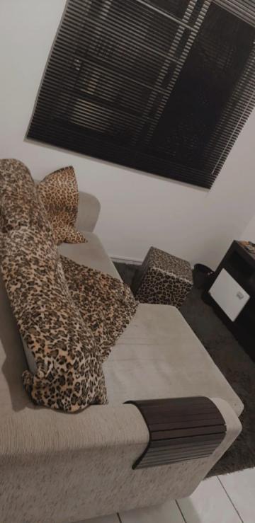 Apartamento / Padrão em Araraquara , Comprar por R$136.000,00