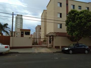 Alugar Apartamento / Padrão em São Carlos. apenas R$ 213.000,00