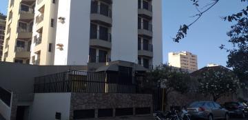 Apartamento / Padrão em Araraquara Alugar por R$1.300,00