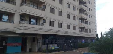 Apartamento / Padrão em Araraquara Alugar por R$1.700,00