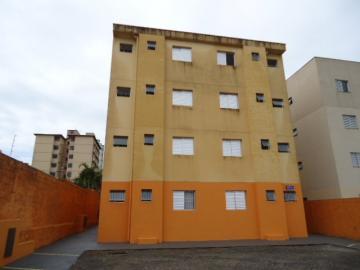 Apartamento / Padrão em São Carlos Alugar por R$667,00
