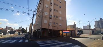 Alugar Apartamento / Padrão em São Carlos. apenas R$ 1.223,00