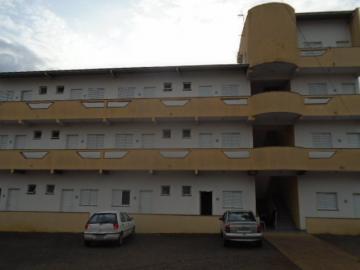 Alugar Apartamento / Kitchnet sem Condomínio em São Carlos. apenas R$ 800,00