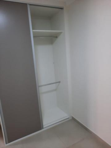 Alugar Apartamento / Padrão em São Carlos R$ 1.800,00 - Foto 32