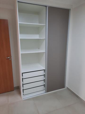 Alugar Apartamento / Padrão em São Carlos R$ 1.800,00 - Foto 36