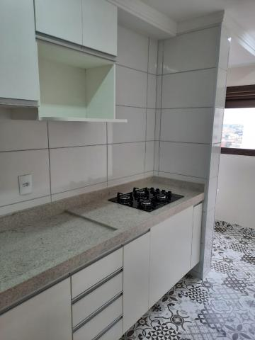 Alugar Apartamento / Padrão em São Carlos R$ 1.800,00 - Foto 15