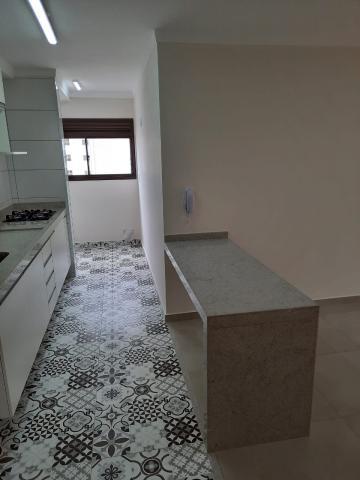 Alugar Apartamento / Padrão em São Carlos R$ 1.800,00 - Foto 17