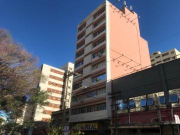 Alugar Apartamento / Padrão em Araraquara. apenas R$ 300.000,00