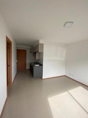 Alugar Apartamento / Padrão em São Carlos R$ 1.250,00 - Foto 2