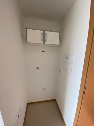 Alugar Apartamento / Padrão em São Carlos R$ 1.250,00 - Foto 7