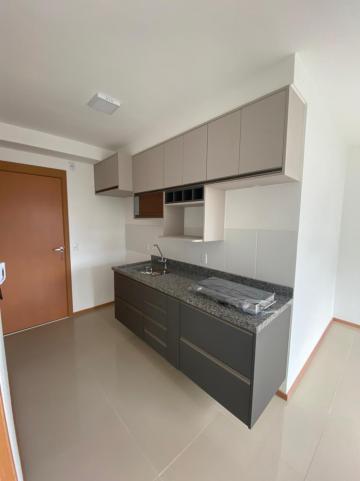 Alugar Apartamento / Padrão em São Carlos R$ 1.250,00 - Foto 4