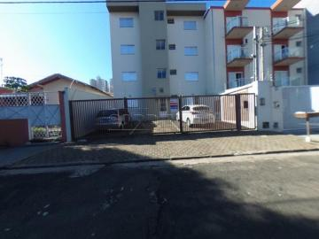 Alugar Apartamento / Padrão em São Carlos. apenas R$ 745,00