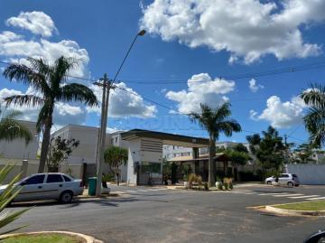 Alugar Apartamento / Padrão em São Carlos. apenas R$ 180.000,00