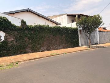 Alugar Casa / Padrão em Araraquara. apenas R$ 415.000,00
