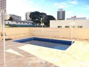 Alugar Apartamento / Padrão em São Carlos R$ 900,00 - Foto 2
