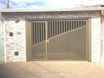 Comprar Casa / Padrão em São Carlos R$ 280.000,00 - Foto 1