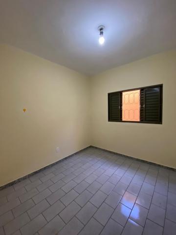 Alugar Casa / Padrão em São Carlos R$ 1.112,00 - Foto 8