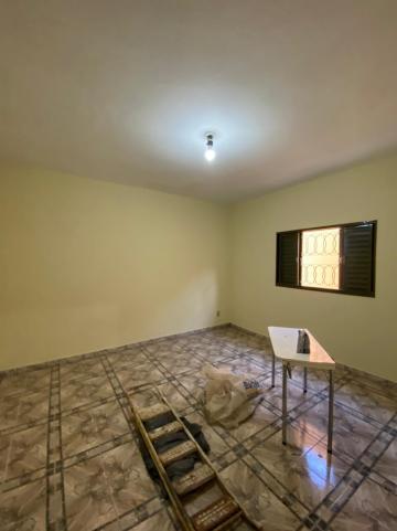 Alugar Casa / Padrão em São Carlos R$ 1.112,00 - Foto 9