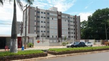 Alugar Apartamento / Padrão em São Carlos. apenas R$ 220.000,00