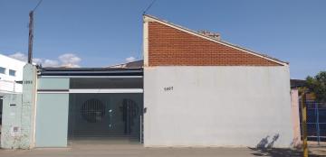Alugar Comercial / Prédio em Araraquara. apenas R$ 9.000,00