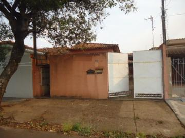 Alugar Casa / Padrão em São Carlos. apenas R$ 195.000,00