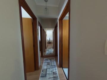 Comprar Apartamento / Padrão em Araraquara R$ 450.000,00 - Foto 5
