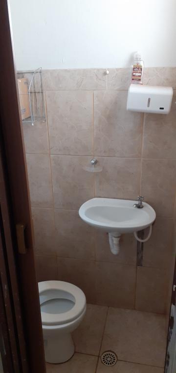 Alugar Casa / Padrão em São Carlos R$ 1.900,00 - Foto 6