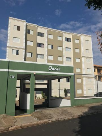 Alugar Apartamento / Padrão em São Carlos. apenas R$ 225.000,00