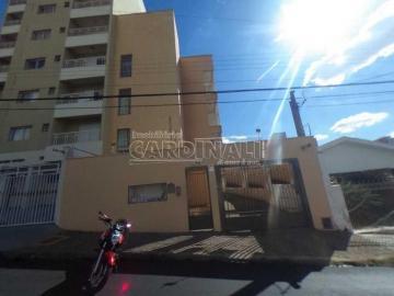 Alugar Apartamento / Padrão em São Carlos. apenas R$ 690,00