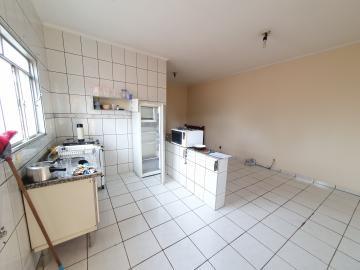 Alugar Apartamento / Kitnet em São Carlos R$ 778,00 - Foto 4