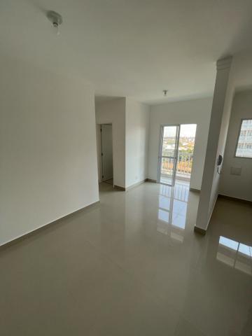 Comprar Apartamento / Padrão em São Carlos R$ 250.000,00 - Foto 2