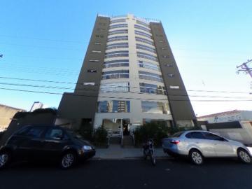 Alugar Apartamento / Padrão em São Carlos. apenas R$ 800.000,00