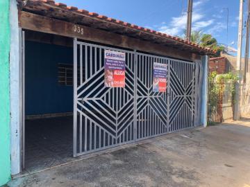 Alugar Casa / Padrão em Ibaté. apenas R$ 560,00